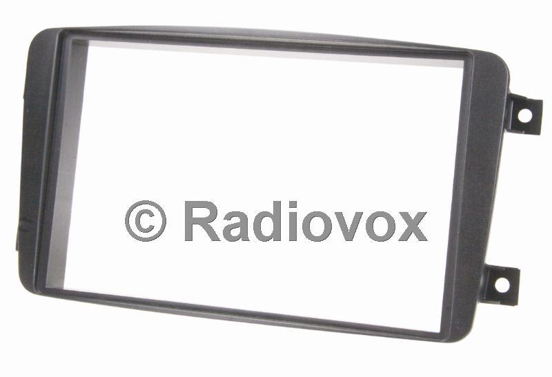 ADAP.RADIO MB C(W203) 00--> D.ISO
